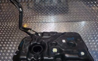 Сколько литров топливный бензобак у Рено Дастер