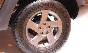 Какая размерность шин на Рено Дастер