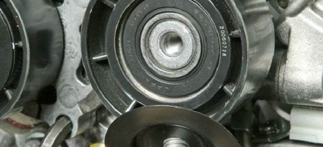 Рено Сандеро замена ремня генератора видео