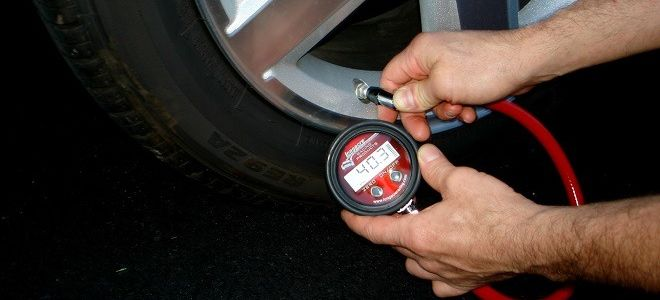 Сколько атмосфер должно быть в шинах автомобиля