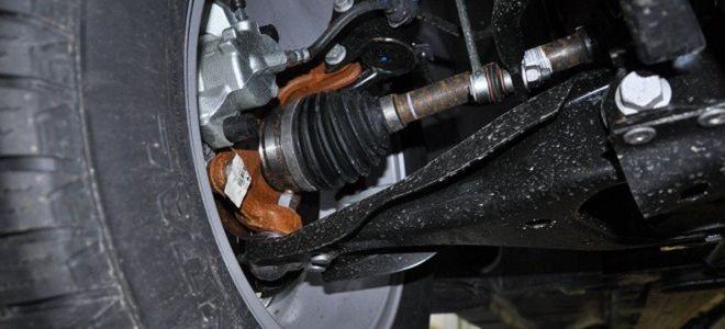Как поменять рулевой наконечник на Рено Логан