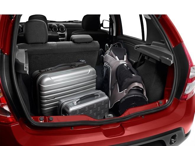 объём багажника в сандеро степвей