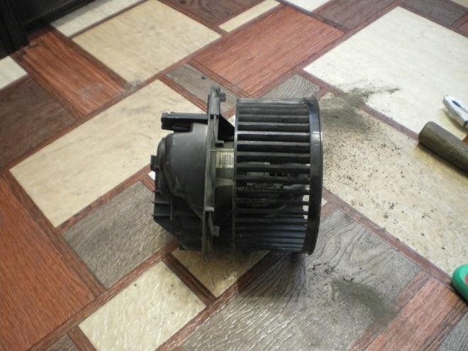 мотор печки в рено меган