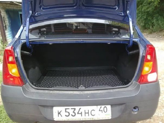 рено логан объем багажника в литрах