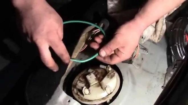 рено меган 2 замена бензанасоса